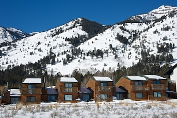 Enter your dates to get the Teton Village hotel deal