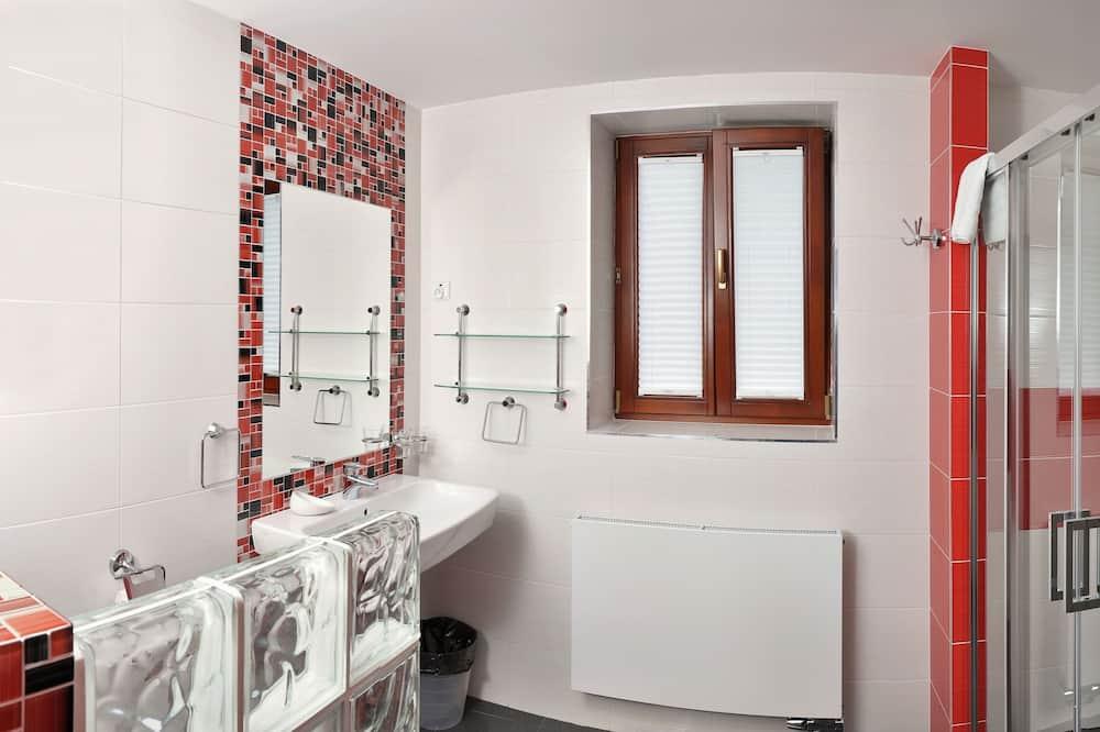 Standard Suite, 1 Bedroom (Number 7) - Bathroom