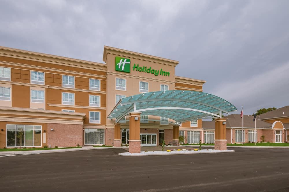 Holiday Inn Mishawaka, an IHG Hotel