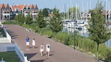 Volendam hotel photo