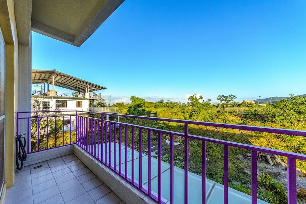 Двомісний номер категорії «Комфорт», 1 спальня, з балконом, з видом на гори - Балкон