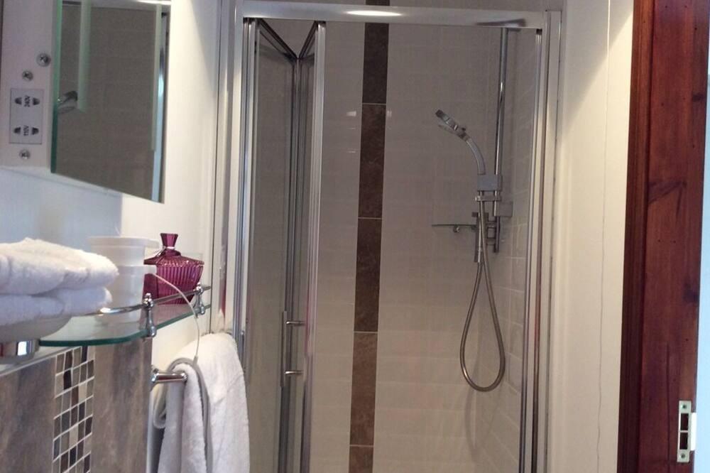 Comfort Tek Büyük Yataklı Oda, Banyolu/Duşlu, Deniz Manzaralı - Banyo
