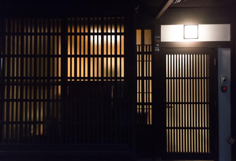 Kakishibu-an Machiya Residence Inn, Kyoto, Vstup do zariadenia