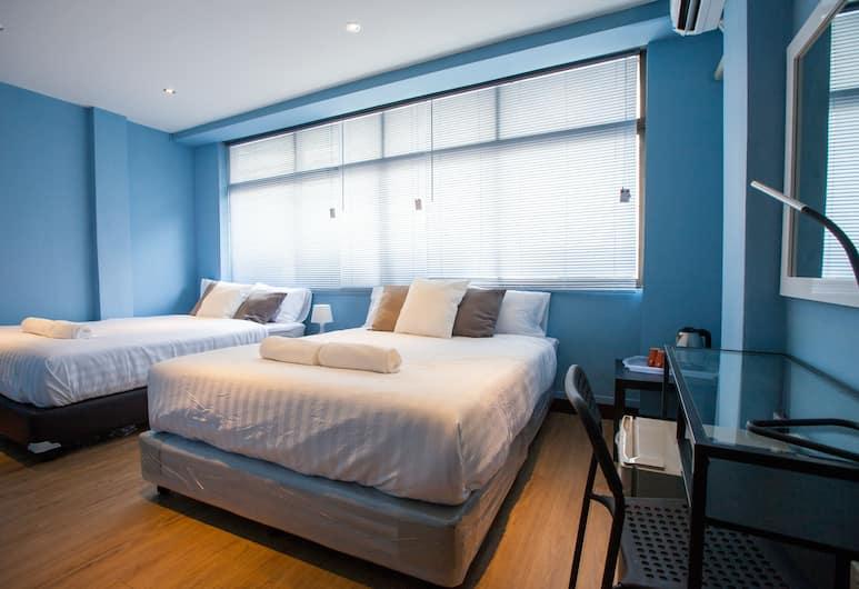 The Mix Bangkok - Silom, Bankokas, Quadruple Room, Vaizdas iš svečių kambario
