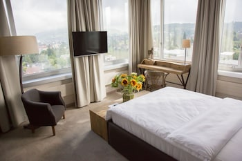Enter your dates to get the Menziken hotel deal