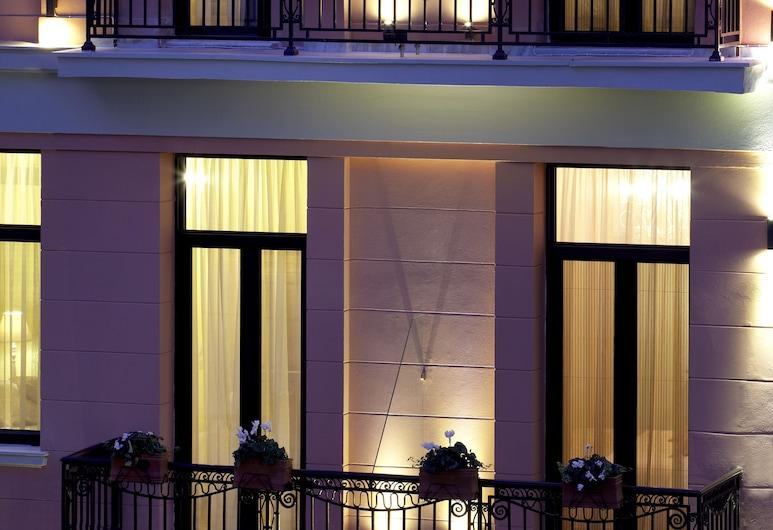 Sweet Home Hotel, Atene, Facciata hotel (sera/notte)