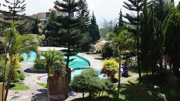 Picture of Hotel Surya Indah in Batu
