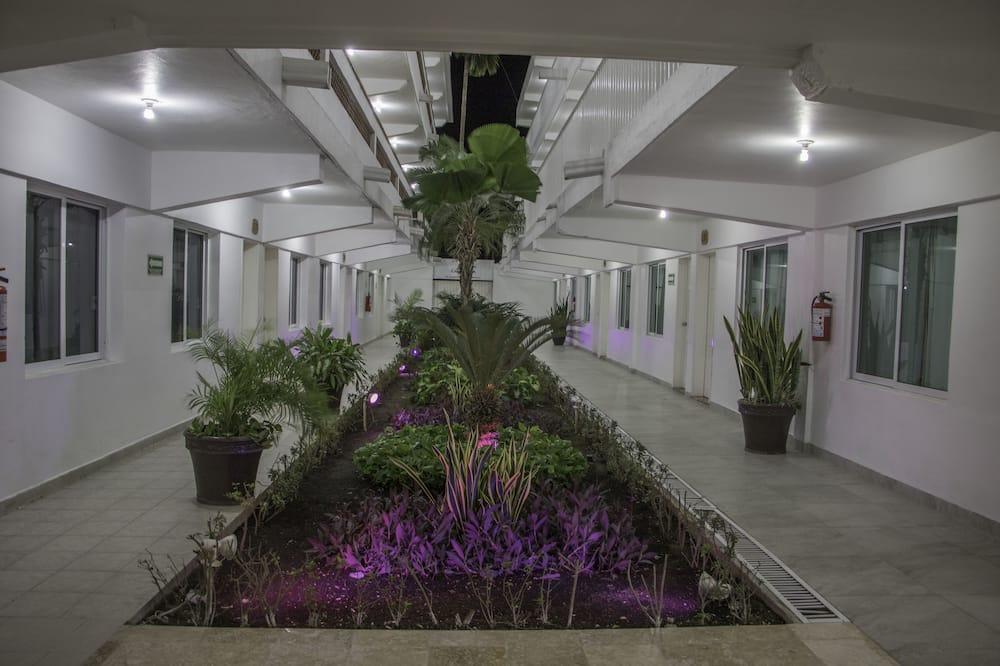 Singola Superior, 1 letto king, vista giardino - Vista giardino