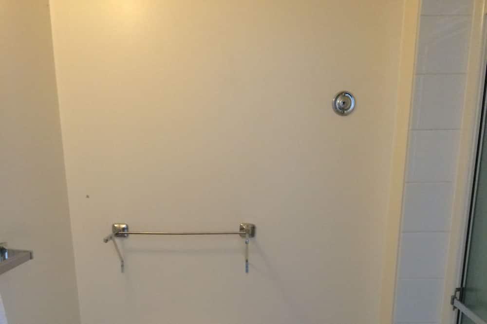 雙人房, 2 張加大雙人床 - 浴室