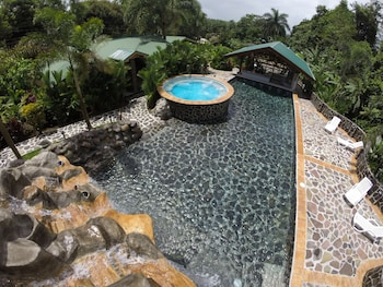 Enter your dates to get the La Fortuna hotel deal