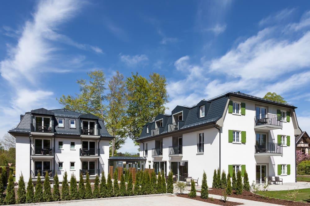 Villa Ludwig Suite Hotel / Chalet