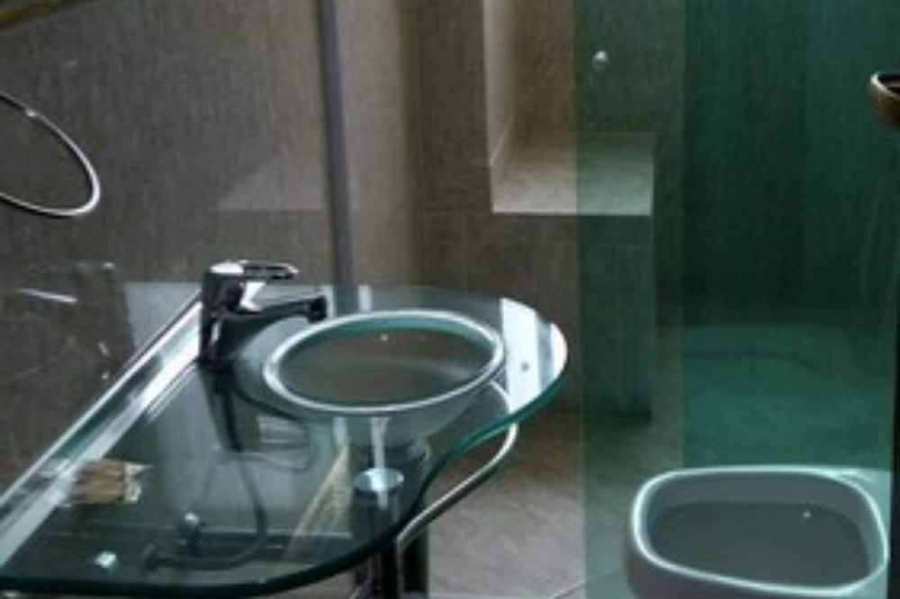 غرفة سوبريور فردية - حمّام