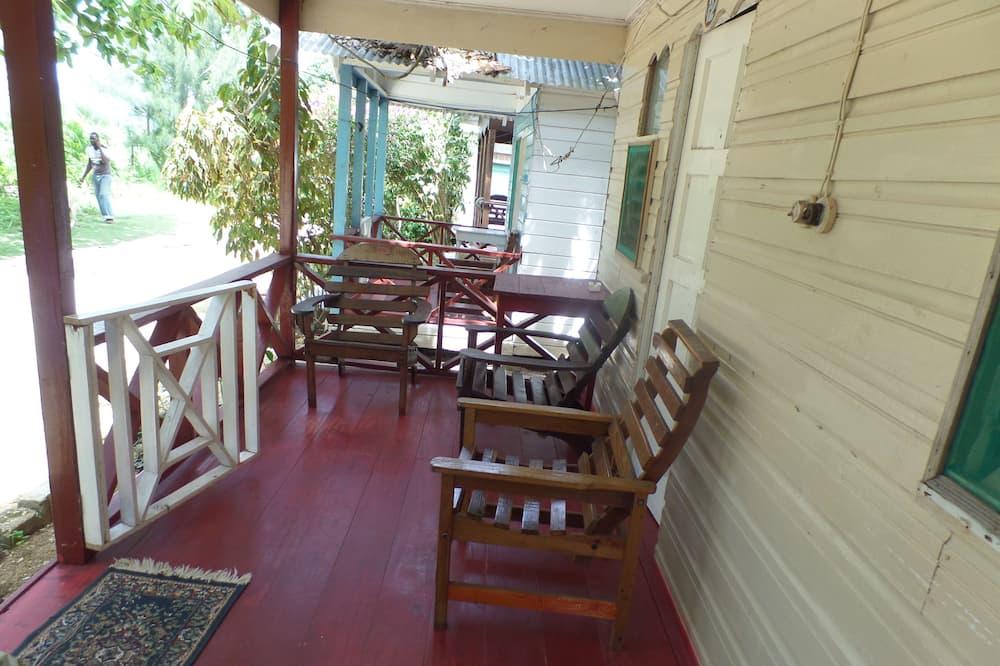 Basic Cottage - Balkoni