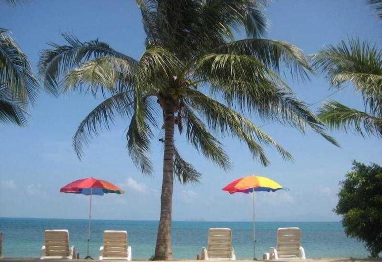 Natural Wing Health Spa & Resort, Koh Samui, Beach