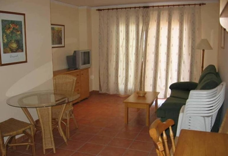 Hoyo 12 Oliva, Oliva, Guest Room