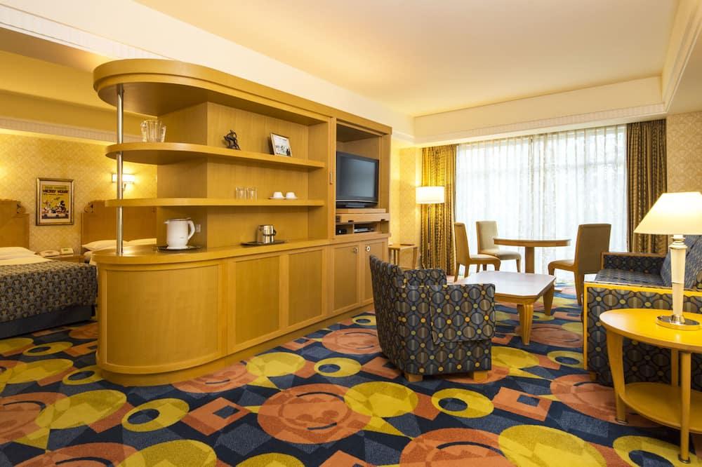 Standard Floor Palm Garden View Room - Living Area