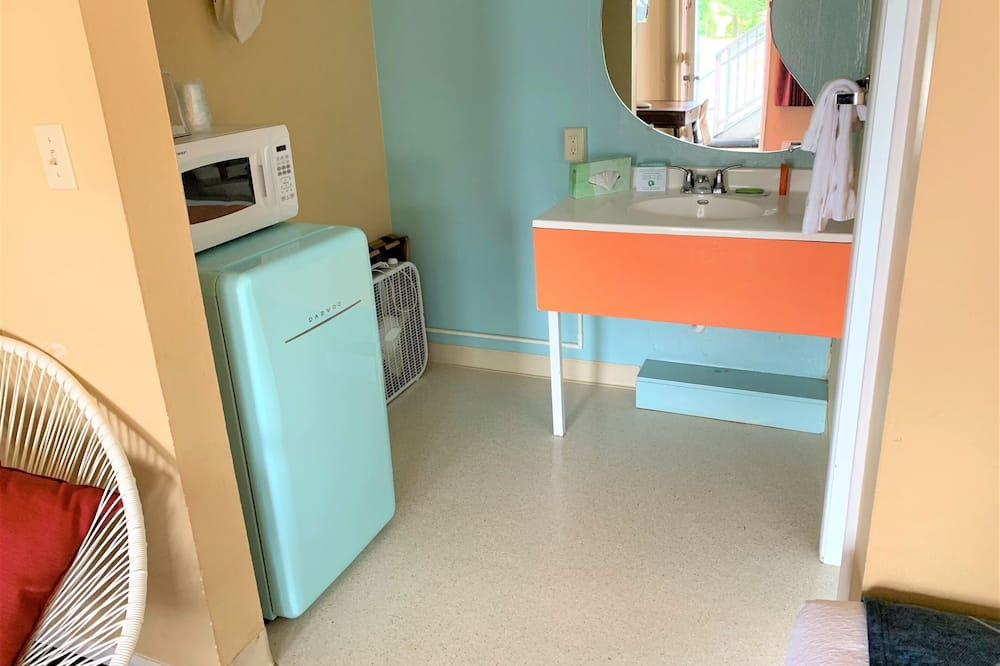 غرفة - حمّام