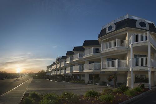 漂流沙海濱飯店/