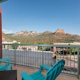 Superior Room, 1 King Bed with Sofa bed, Balcony, Mountain View - Balcony