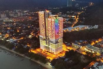 Naktsmītnes Lexis Suites Penang attēls vietā Penena