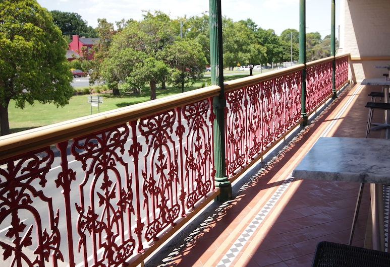 Mitchell River Tavern, Bairnsdale, Terrace/Patio