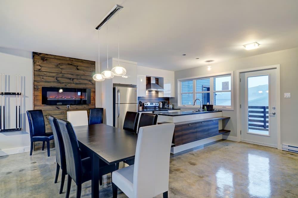 Superior Διαμέρισμα (Condo), 2 Υπνοδωμάτια, Στην πλαγιά σκι - Περιοχή καθιστικού