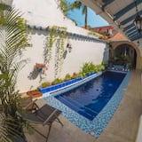 Casa tradicional, 5 habitaciones, piscina privada - Piscina