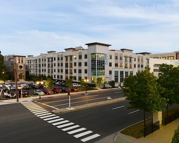 Picture of Global Luxury Suites at UCONN Downtown  Stamford in Stamford