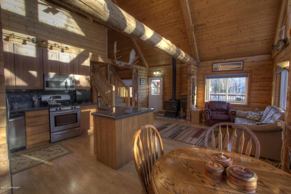 Main Log Home - In-Room Dining