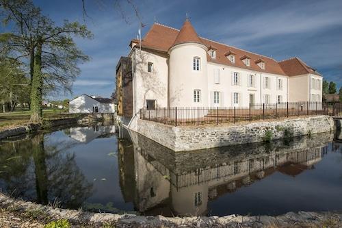 杜伯斯特城堡飯店/