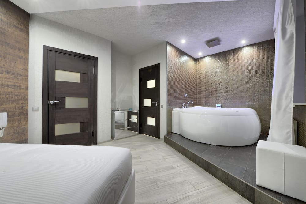 Suite, Jetted Tub - Guest Room
