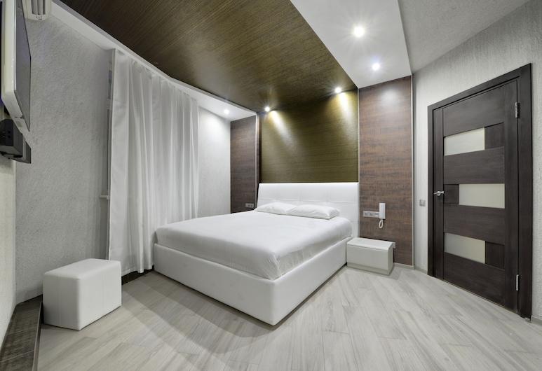 Alex Hotel Yugo Zapad, St. Petersburg, Suite, Jetted Tub, Guest Room