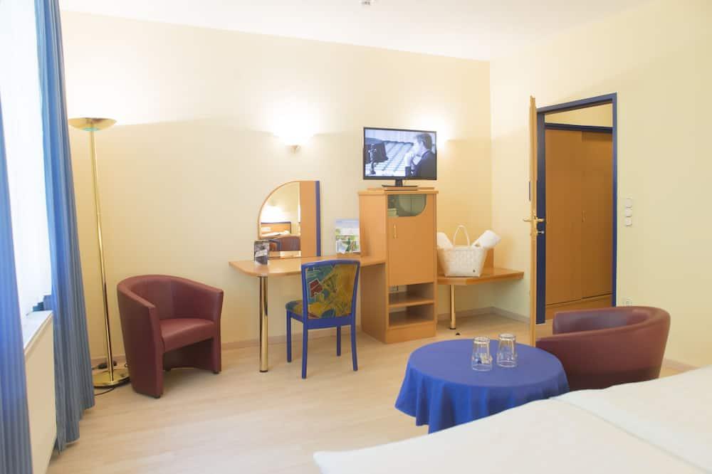 Standard Double Room, Park View - Children's Theme Room