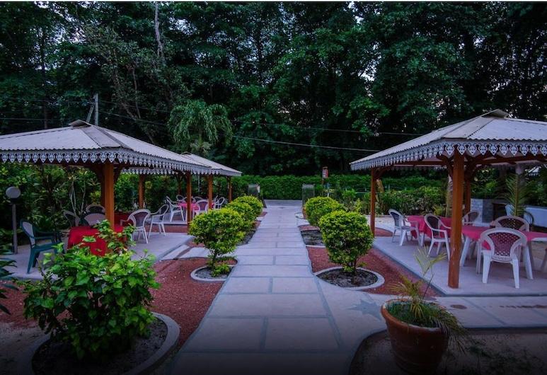 Zerof Guest House, La Digue, Garden