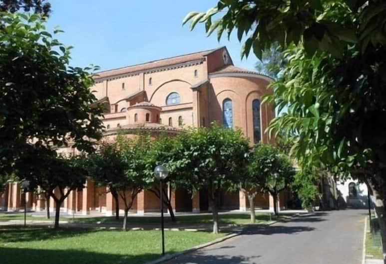 Casa La Salle - Religious Guest House, Roma
