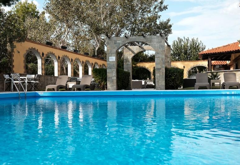 Stefania Beach Hotel, Eretria, สระว่ายน้ำ