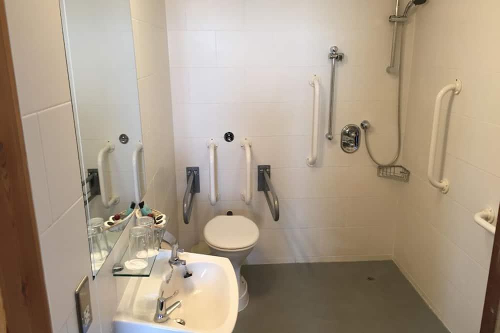Værelse med 2 enkeltsenge - handicapvenligt - Badeværelse