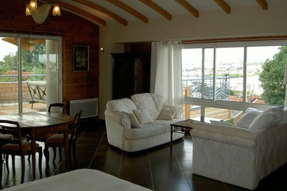 Deluxe Süit - Oturma Odası