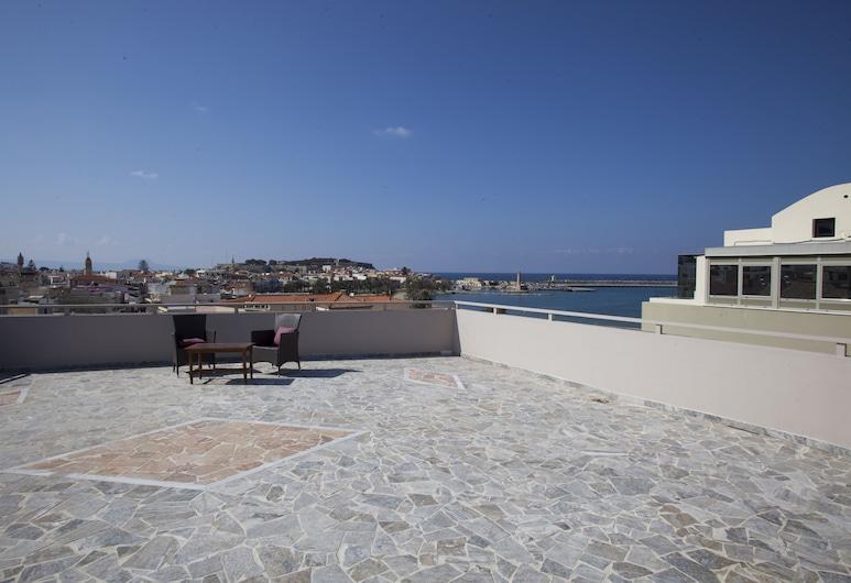 Eleonora Hotel, Rethymno, Apartamento, 3 Quartos, Vista Mar, Terraço/Pátio Interior
