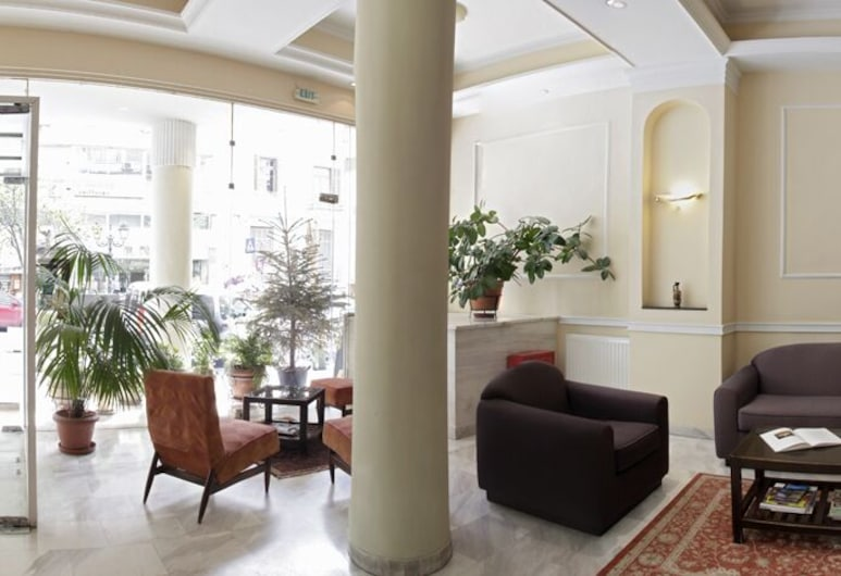 Pella , Thessaloniki, Lobby