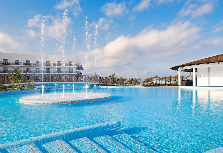 Melia Dunas Beach Resort & Spa - All Inclusive, Sal