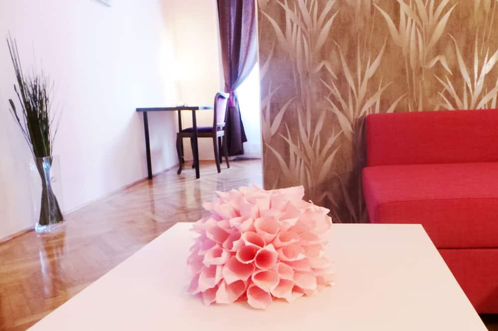 Apartmán, 2 ložnice, výhled na město - Obývací prostor