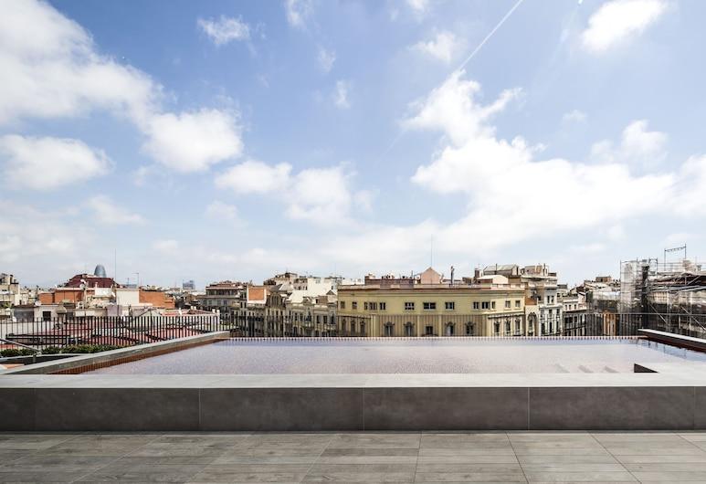 Midtown Apartments, Барселона, Басейн на даху