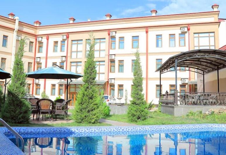 Diyora Malika, Samarcanda, Bar a bordo piscina