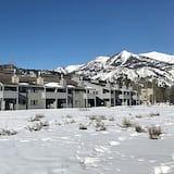 Jackson Hole Vacation Condominiums, a VRI resort