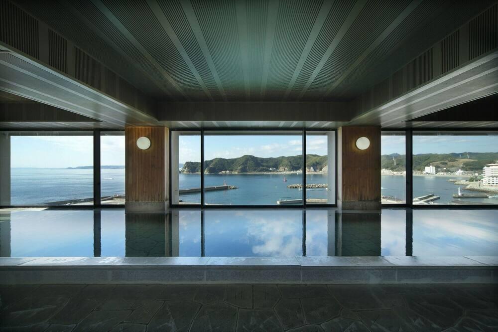 Nyilvános fürdő