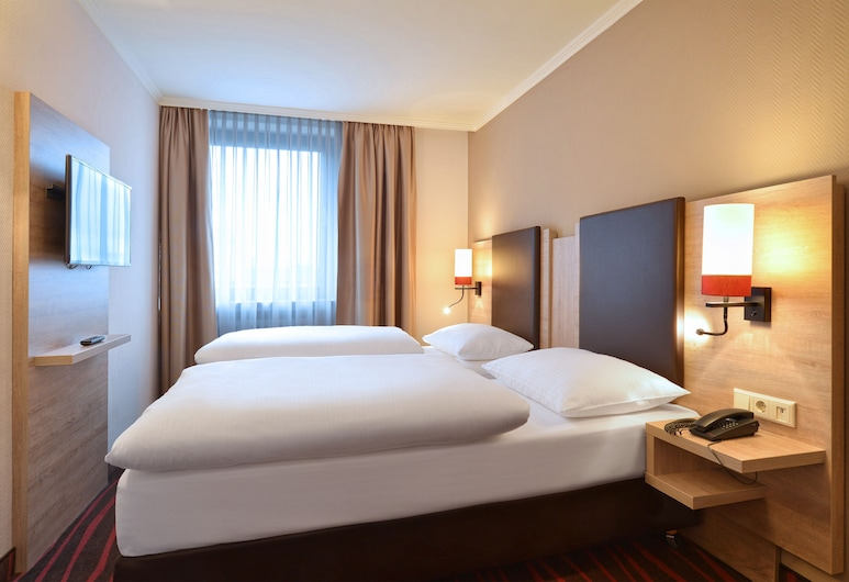 Hotel Europäischer Hof - Adults Only, München, Standard-Doppel- oder -Zweibettzimmer (no air condition), Zimmer