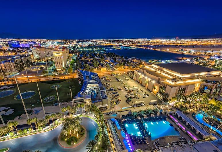 888 One Bedroom Balcony Suite at Signature Condo Hotel, Las Vegas, Vaade õhust