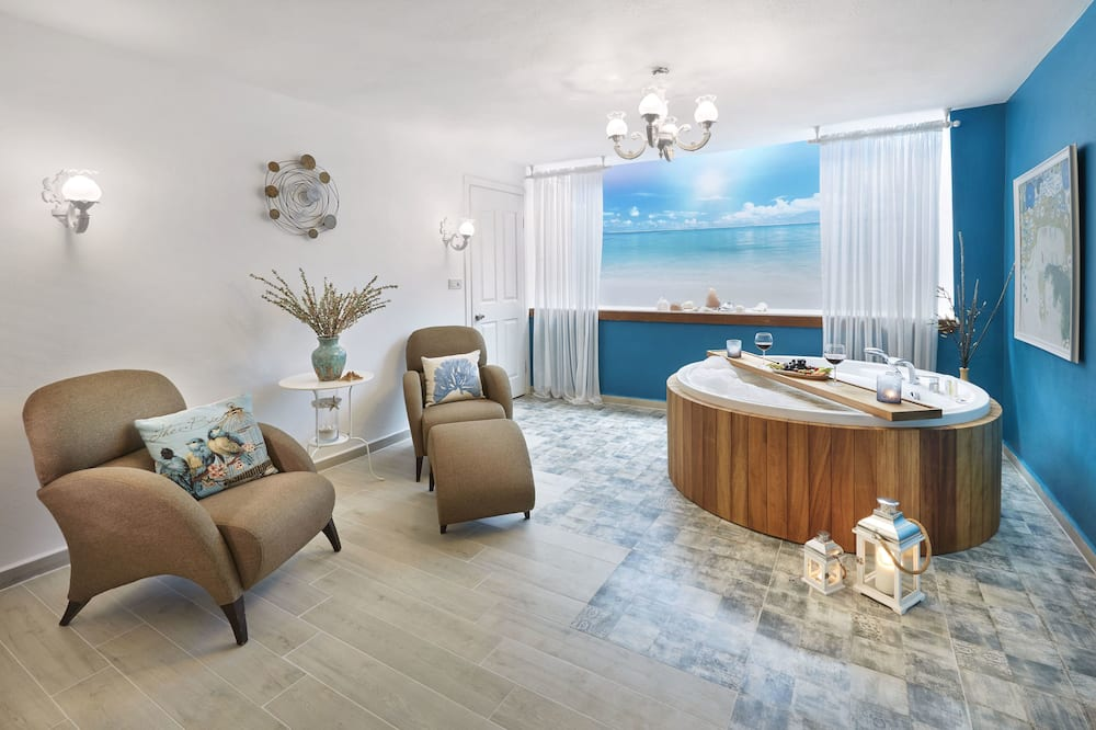 Queen Room with Spa Tub - Zimmer