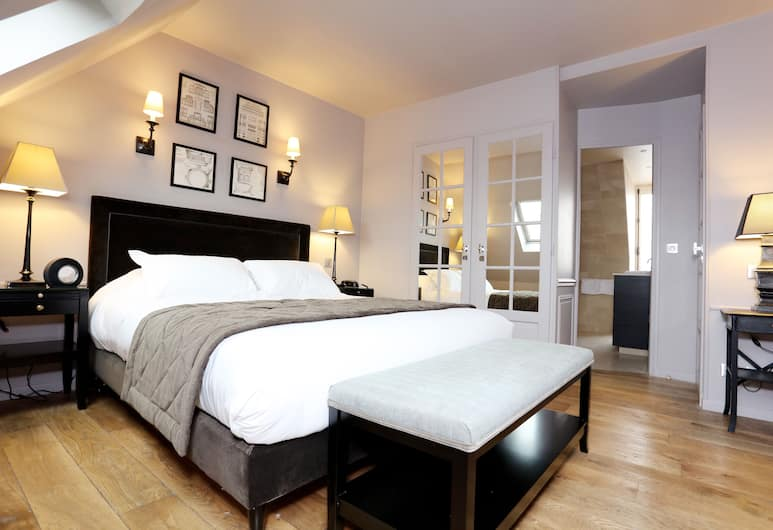 Hotel Saint-Louis Pigalle, Paris, Suite, Balcony (Top Floor), Guest Room
